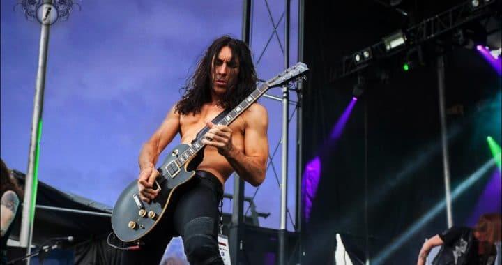 Brent Woods guitarrista de SEBASTIAN BACH padece leucemia