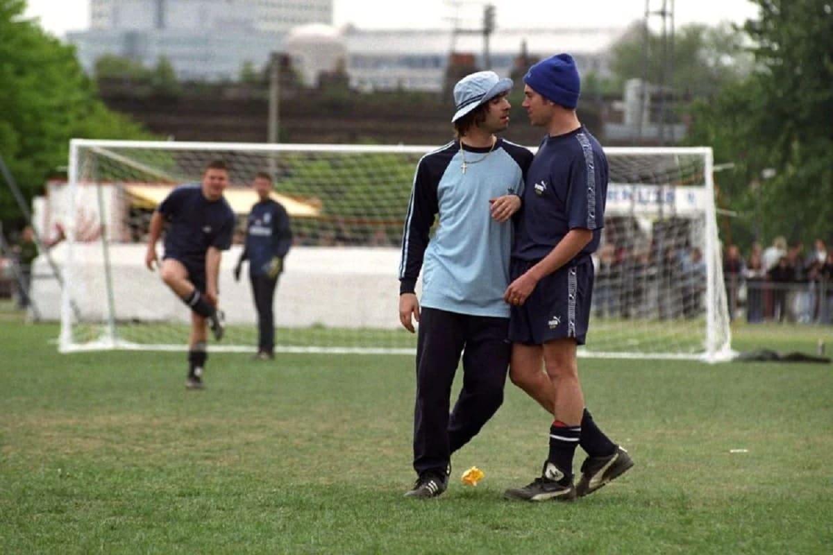 OASIS y BLUR enfrentados esta vez en un partido de fútbol